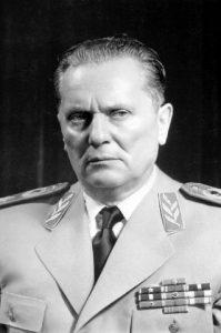 La Serbie depuis la mort de Tito : recomposition/décomposition?