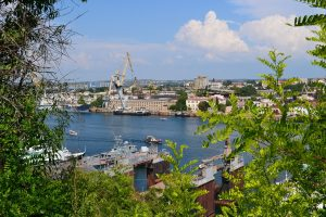Simféropol et Sébastopol: villes de Crimée concurrentes ou complémentaires?