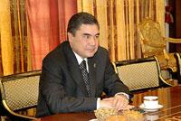 Turkménistan : un dentiste pour Président