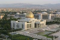 Achgabat : de la ville nouvelle à la ville renouvelée