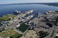 Région baltique: qui gagnera le terminal de gaz naturel liquéfié?