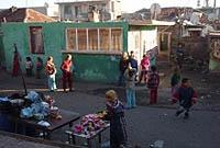 La ville de la cité A propos du documentaire La cité des Roms