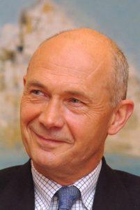 """Entretien avec Pascal Lamy : """"Créer un impôt européen sur les sociétés pour permettre à l'UE de se financer"""""""