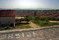 Un référendum sous influence : le vote pour une nouvelle Constitution vu des enclaves serbes au Kosovo