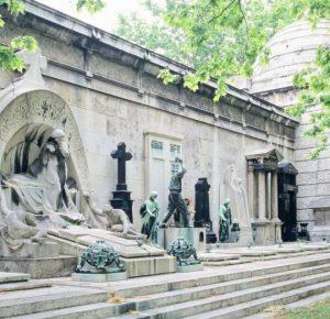 Le cimetière Kerepesi, la mémoire endurcie