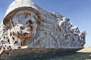 Monument de Saur-Mogila (1963, oblast de Donetsk), dédié aux combattants de la Seconde Guerre mondiale, détruit en 2014 lors des combats (source : pixabay.com).