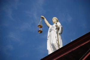 La crise du système judiciaire, obstacle majeur à l'adhésion de la Croatie à l'Union européenne