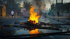 """Lendemain de """"révolution"""" à Bichkek: Reportage"""