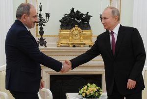 Le Kremlin face à la crise politique en Arménie