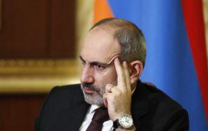 Arménie: la 'vraie fausse' démission de Nikol Pachinian