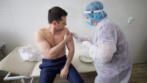 Ukraine : l'histoire mouvementée des vaccins contre la Covid-19